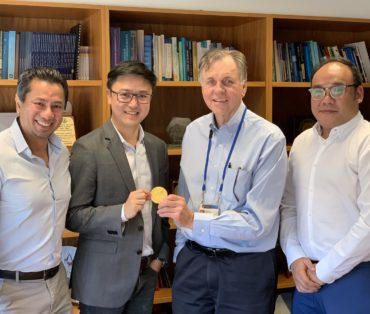 R3Gen & Mirxes Seek Collaboration Opportunity with Prof. Barry Marshall